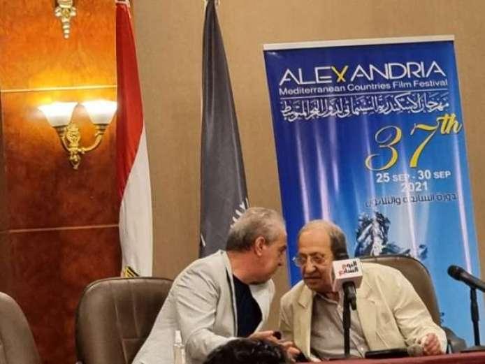 محمد عبد العزيز: حلمي أن أجمع دريد لحام وعادل إمام في فيلم واحد