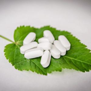 natural-medicine-300x300