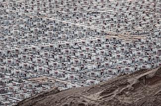 The new city in the desert in Muhafazat al Buraymi, Oman, shows the same design repeated across the entire area. (Pic: Andrzej Bochenski)