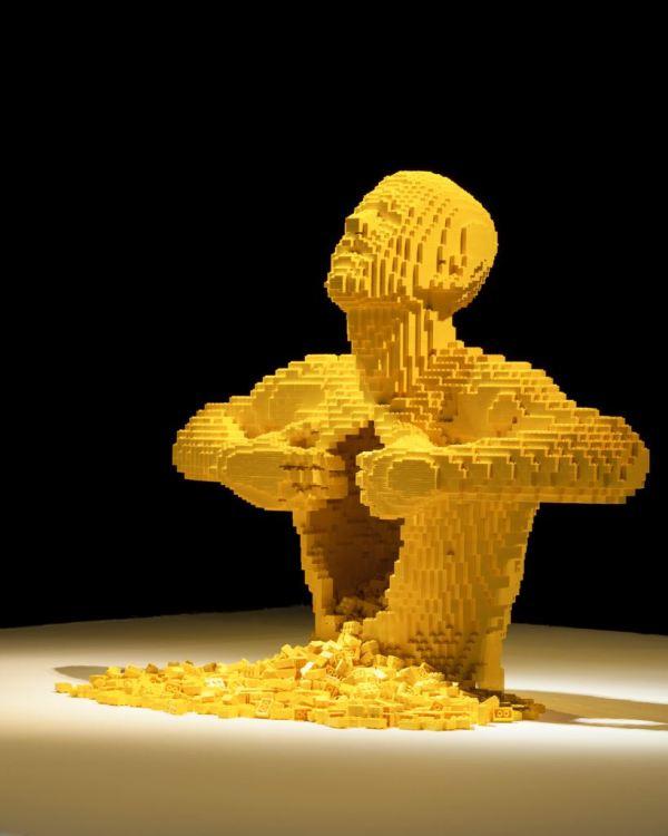 Of the Brick Nathan Sawaya LEGO Art