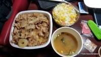 Makan Malam Yoshinoya