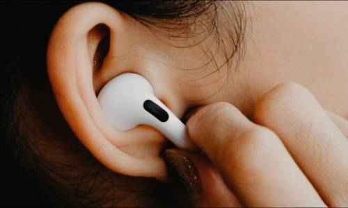Apple AirPods: Which AirPods Should You Buy?