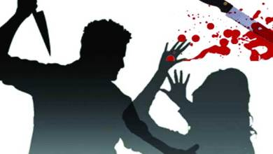 Photo of अहमदनगर ब्रेकिंग : सरपंचाच्या मुलीवर धारधार हत्याराने वार !