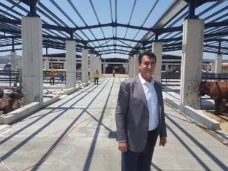 TURKiYENiN EN BUYUK KURBAN PAZARI OSMANGAZi BELEDiYE BASKANI MUSTAFA DUNDAR