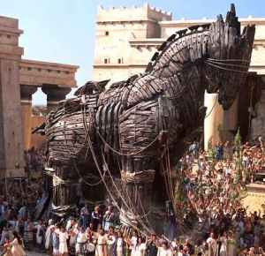 Trojan_wooden_horse