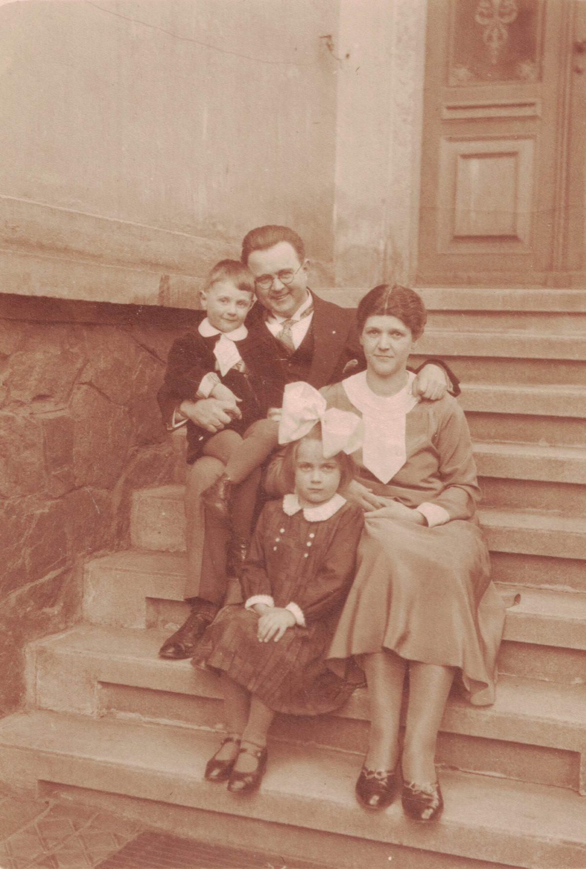 1931 Ostern mit Wolfgang, Fritz, Wilhelmine, Käthe