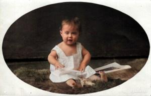 """Erster Geburtstag von Käthe Wilhelmine """"Wilmi"""" JOHNE verw. LÖSER geb.HENSEL; von MyHeritage InColor koloriert"""
