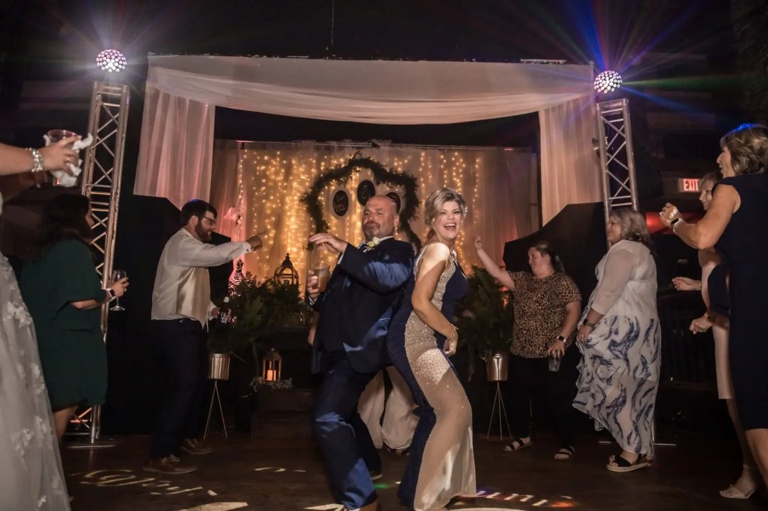 soul-train-dancefloor-wedding-pandemic-fun-unique-dancing