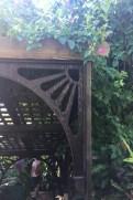 St. Kitts -Caribelle Batik - auf der Treppe