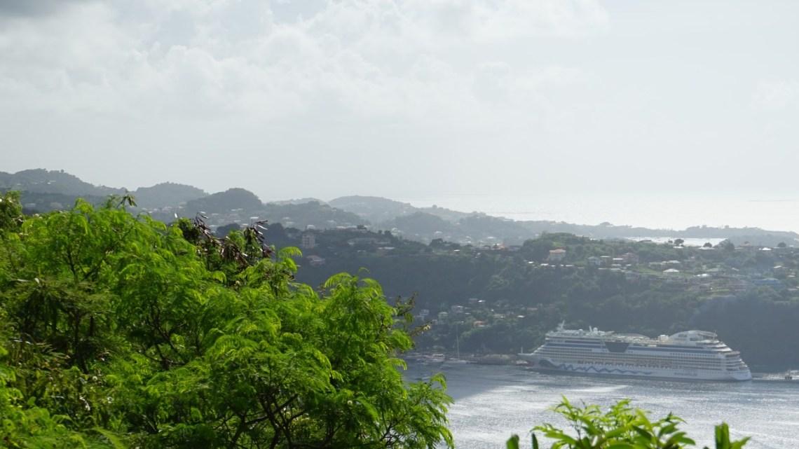 Schöne Aussichten in der Karibik         – Kleine Antillen