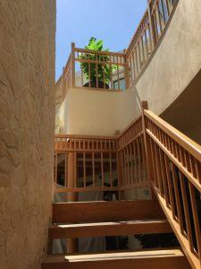 Wellness Oase - Treppenaufgang in die erste Etage