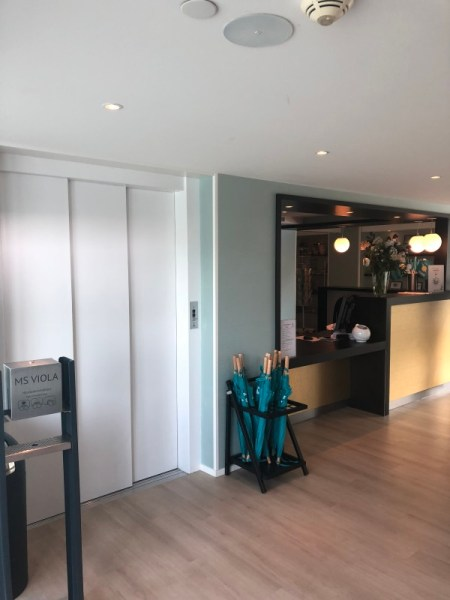MS Viola - Deck 3 - Aufzug und Rezeption