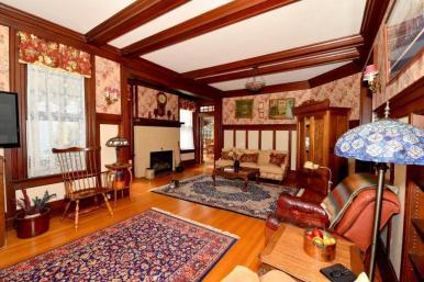 Thomas livingroom