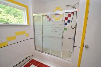 17 Bathroom (4)
