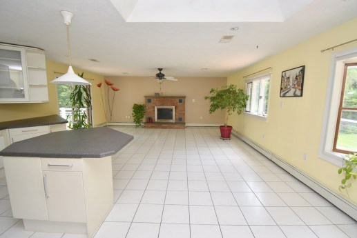 6 Kitchen and Family Room (1)
