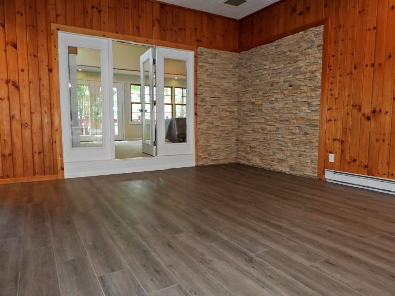 4 Family Room (3)