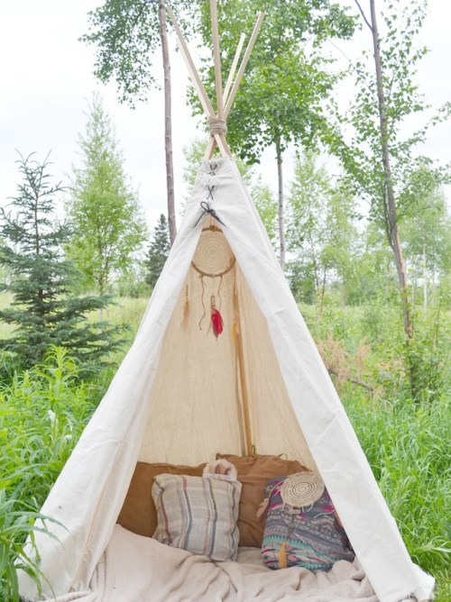 fawn-over-baby-diy-no-sew-teepee-white-simple
