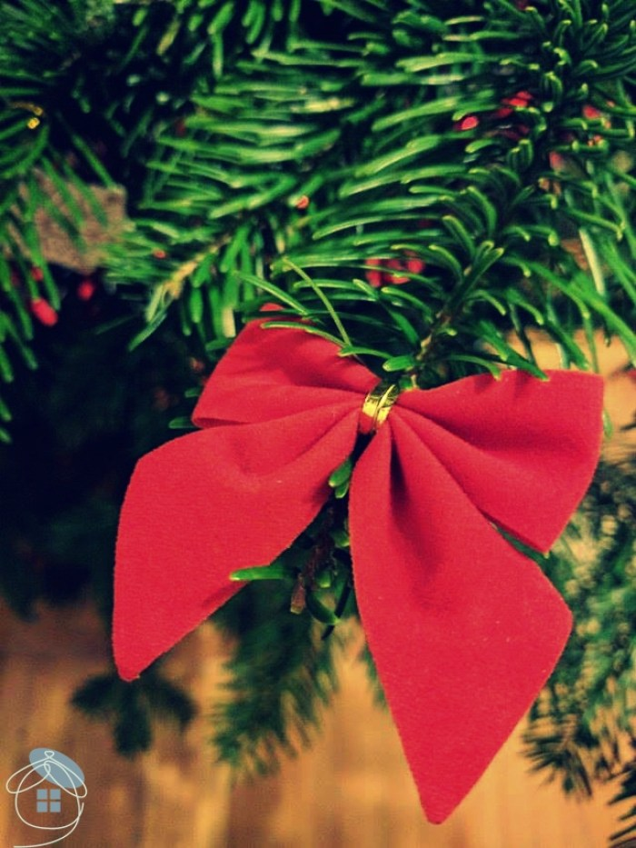 christmas-tree-bow-red-decoration-1