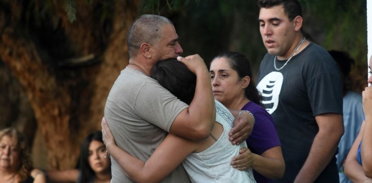Llegaron a Mendoza los cuerpos de los cuatro futbolistas argentinos que murieron en un accidente en Tarija