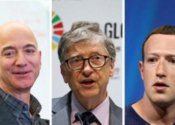 Jeff Bezos (izquierda), Bill Gates (centro) y Mark Zuckerberg (derecha).