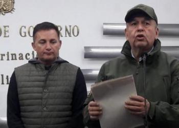 ex Ministros de Defensa y de Gobierno, Fernando López y Arturo Murillo. (de izq a der)