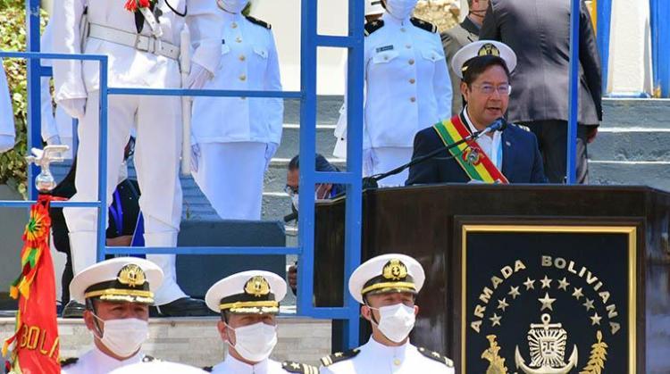 El presidente Luis Arce, en un acto con la Armada Boliviana, el lunes pasado. Crédito foto: APG
