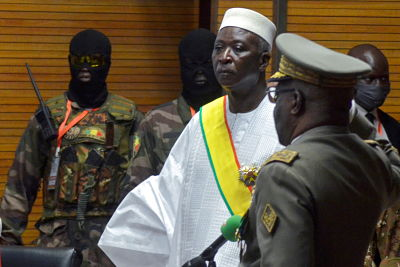 FILE PHOTO: The new interim president of Mali Bah Ndaw is sworn in during the Inauguration ceremony in Bamako, Mali September 25, 2020. REUTERS/Amadou Keita     TPX IMAGES OF THE DAY/File Photo
