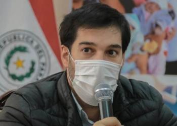 El director de Vigilancia de la Salud de Paraguay, Guillermo Sequera. | EFE