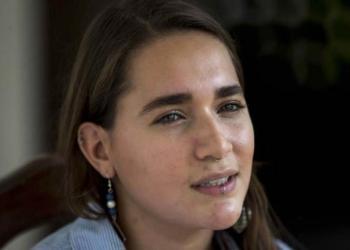 Josefina Dávila Vigil, hermana de Tamara Dávila, habla durante una entrevista con Efe. | EFE