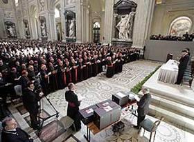 DEBATES EN EL VATICANO: Temas que ponen a prueba la renovación del Papa Francisco
