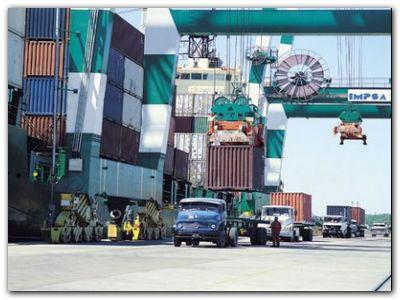 Durante el primer mes de cuarentena, las exportaciones bonaerenses cayeron 24 por ciento