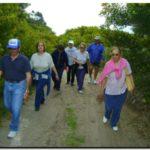 """DEPORTES: La """"Ruta del Bosque"""" deslumbró al """"Club de Caminantes de Quequén"""""""