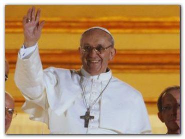 NAVIDAD: El papa Francisco recordó el sufrimiento de la guerra y pidió por la paz