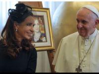 CRISTINA dijo que el encuentro con el Papa en el Vaticano fue con «cordialidad y naturalidad»