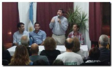 ELECCIONES 2015: López participó en charla de desarrollo social con Daniel Arroyo en Miramar