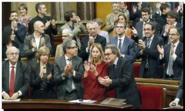 CATALUÑA: Aprobaron separarse de España