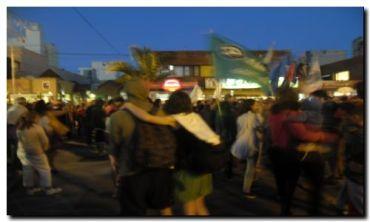 NECOCHEA: Importante marcha en repudio a las medidas de Mauricio Macri