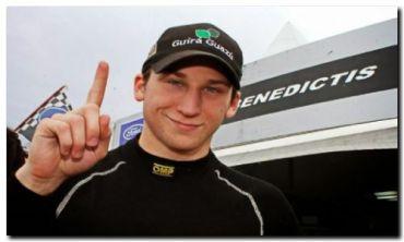 AUTOMOVILISMO: Franco De Benedictis todo en el Top Race