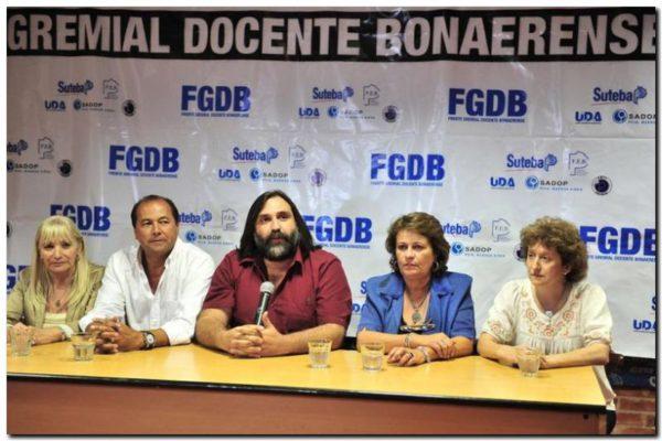 EDUCACIÓN: Los gremios docentes piden reunión con Director General