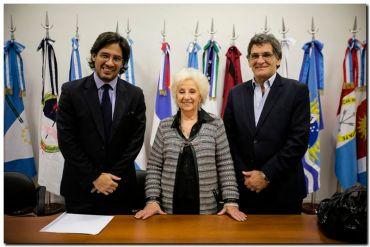 Garavano y Avruj firmaron convenio con las Abuelas de Plaza de Mayo