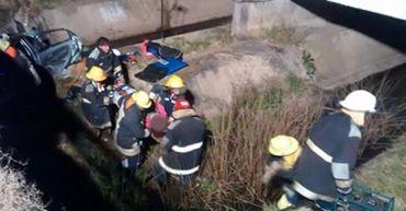 Mueren dos fisicoculturistas necochenses al caer de un puente sobre la autovía 2