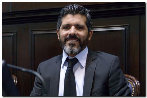 TRANSPORTE: Domínguez Yelpo presentó modificaciones a leyes