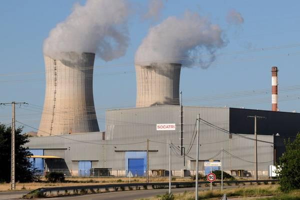EL MUNDO: Francia desmantelará 17 reactores nucleares para 2025
