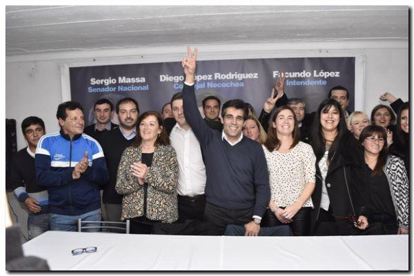 """ELECCIONES 2017: López, en el lanzamiento 1Pais Necochea: """"Hicimos mucho y vamos a hacer mucho más"""""""