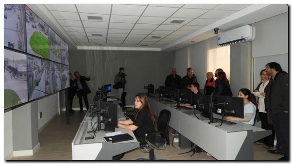 NECOCHEA: En el Centro de Operaciones, comerciantes destacaron la nueva tecnología