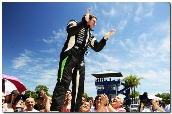 ¡DEMOLEDOR! Franco De Benedictis ganó su tercera carrera consecutiva