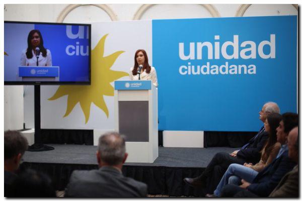 AMIA: Cristina Kirchner acusó al presidente Macri de «persecución política»