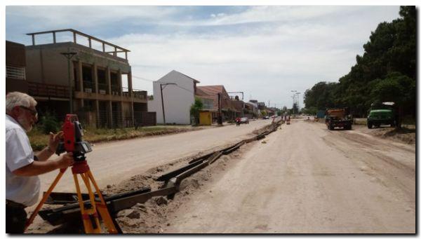NECOCHEA: Avanzan los trabajos en Avenida 10 de cara a la obra de asfaltado
