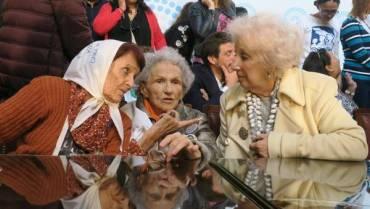 DERECHOS HUMANOS: Abuelas de Plaza de Mayo recuperó a la nieta #126