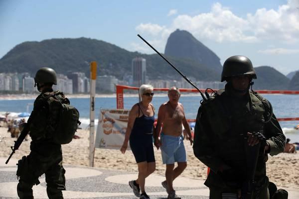 BRASIL: Río festejará con militares en las calles